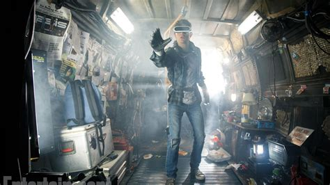 Here's your first glimpse of Steven Spielberg's Ready