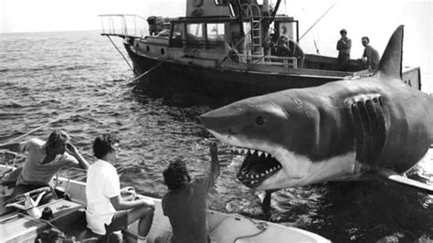 Behind the Scenes: Jaws (1975) | MONOVISIONS