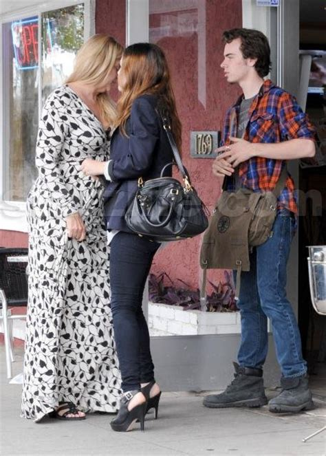 EXCLUSIVE!!! Kirstie Alley and Kids are Not Ammused